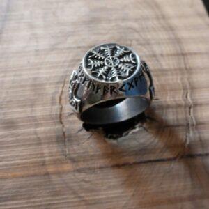 Anillos y joyas de plata