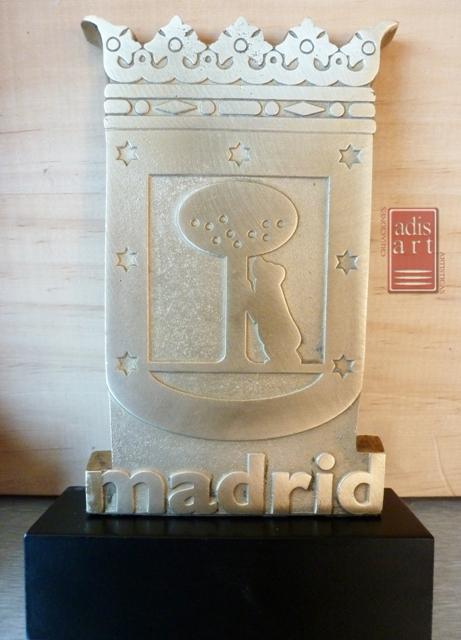 Escudo Madrid laton