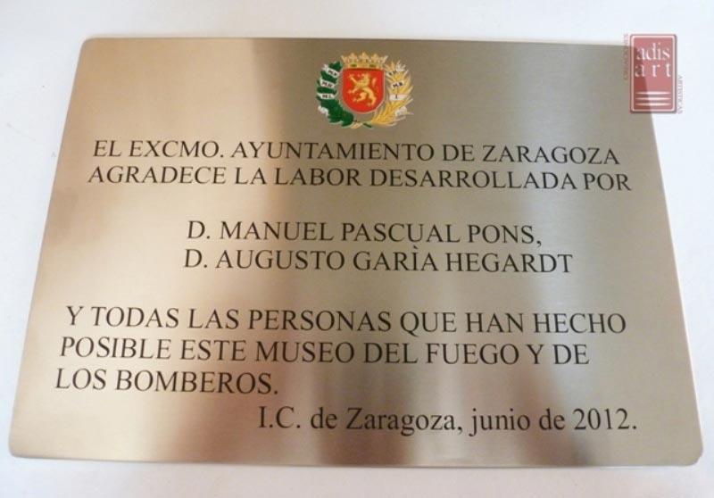 Placa conmemorativa en vinilo Museo del Fuego